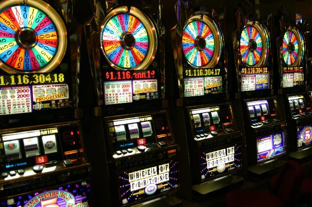 Как работает онлайн казино Play Fortuna?