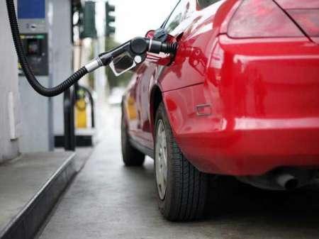 В правительстве решили повысить акцизы на бензин с 1 января 2019 года
