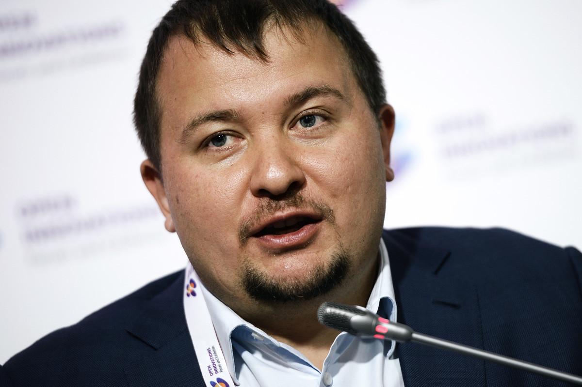 Михаил Кокорич и всем известная компания Моментус